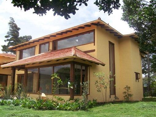 13 fachadas de casas campestres planos y fachadas todo for Cubiertas para casas campestres