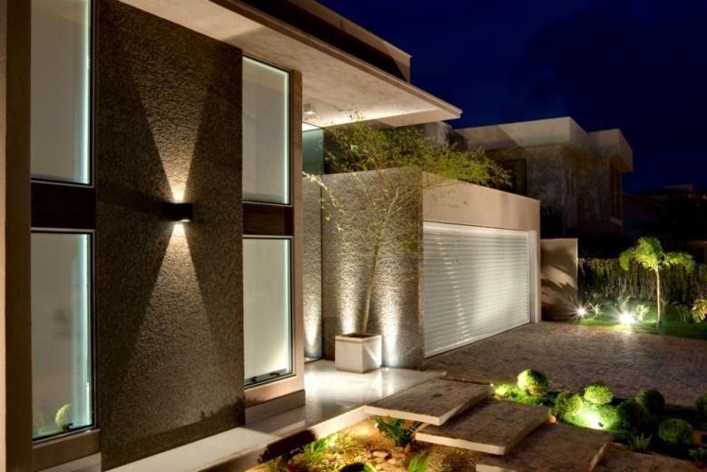 21 frentes de casas bonitas planos y fachadas todo para for Modelos de fachadas para frentes de casas