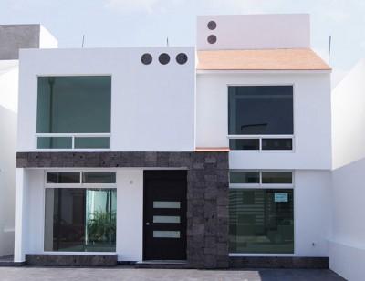 Frentes de casas modernas (16)