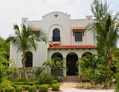 fachada de casa colonial española