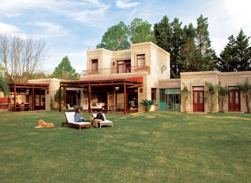 26 fachadas de casas de campo planos y fachadas todo for Casa de campo de estilo ingles decoracion