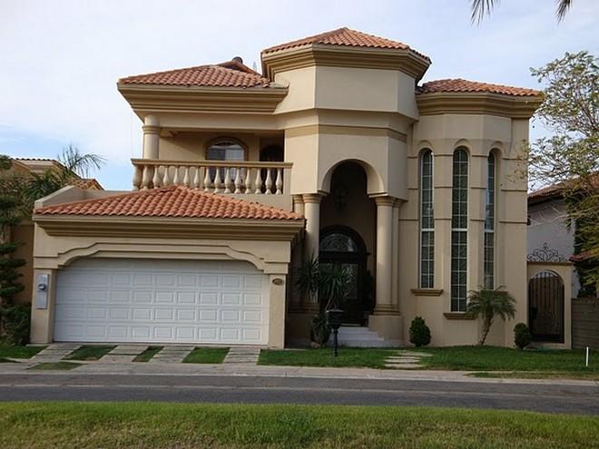 Im genes y fotograf as de fachadas con cantera planos y for Fotos de casas modernas con tejas
