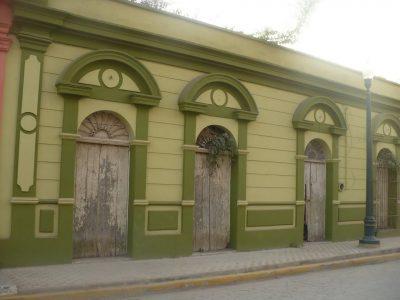 fachadas-de-casas-coloniales-75