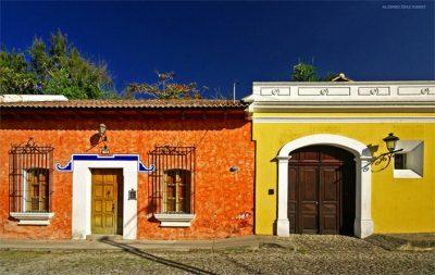 fachadas-de-casas-coloniales-76