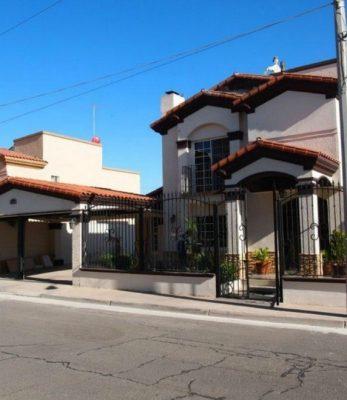 fachadas-de-casas-coloniales-91